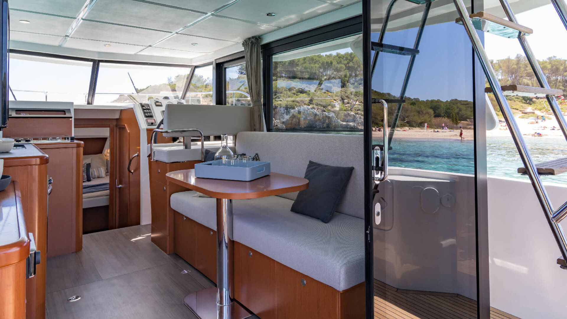 Swift Trawler 30 - Passage Nautical